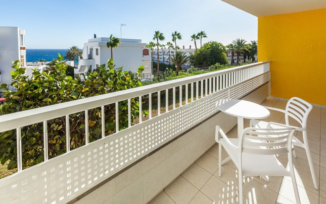 Standard double adapted abora interclub atlantic by lopesan hotels gran canaria