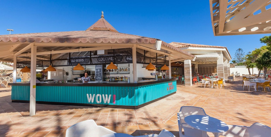 La palapa bar abora interclub atlantic by lopesan hotels gran canaria